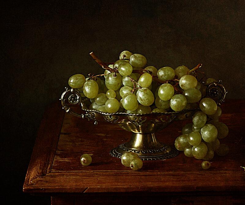 Этюд с виноградом