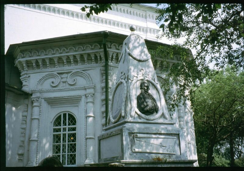 119. Могила Шелехова в Иркутске