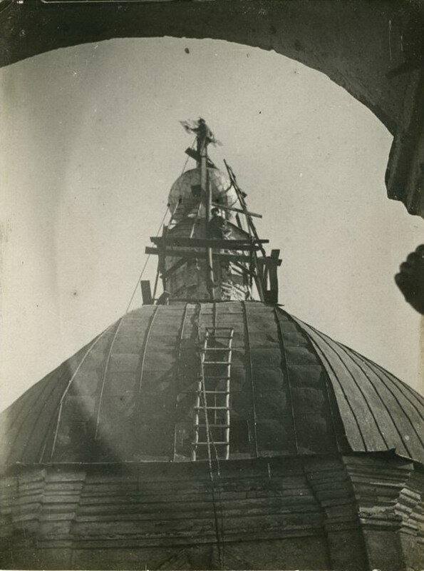 Снятие крестов с храма св. Иоанна Воина