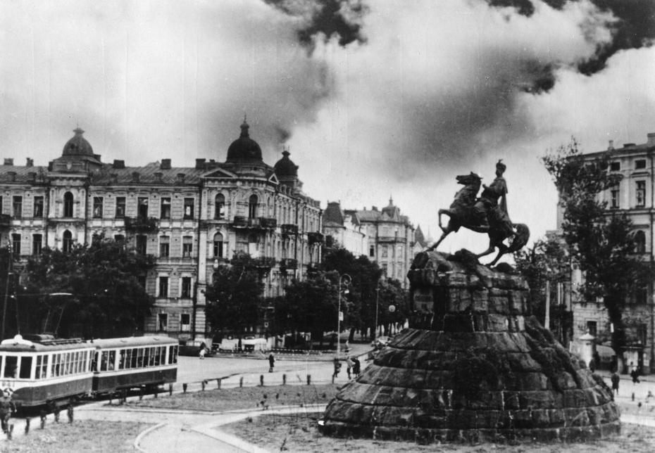 1947. Площадь Богдана Хмельницкого