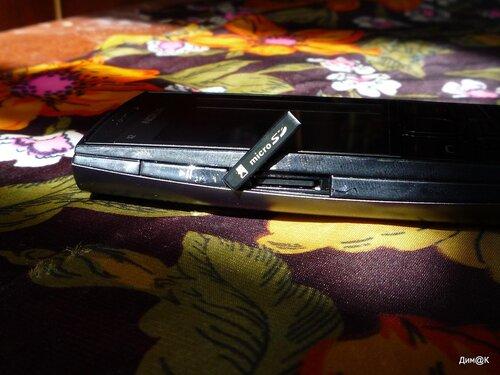 Nokia X2-02 (слот карты памяти)