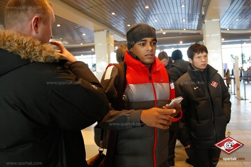 «Спартак» прибыл в Эмираты на первый сбор (Фото)