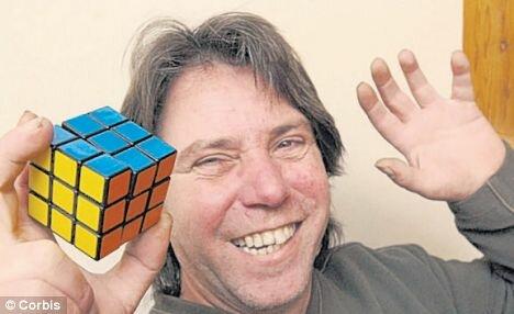 26 лет на сборку кубика Рубика