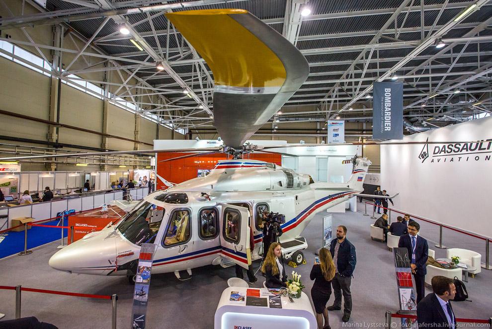 3. Корпоративный салон среднего вертолета H175 от дизайнеров из компании Pegasus.