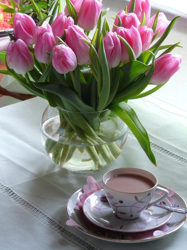 Днем учителя, картинки доброе утро с тюльпанами