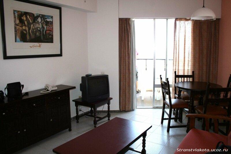 Гостиная в 1-спальном аппартаменте в Sol Timor