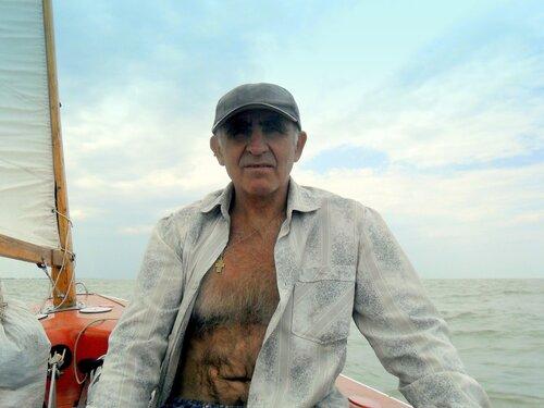 На яхте, море Азовское