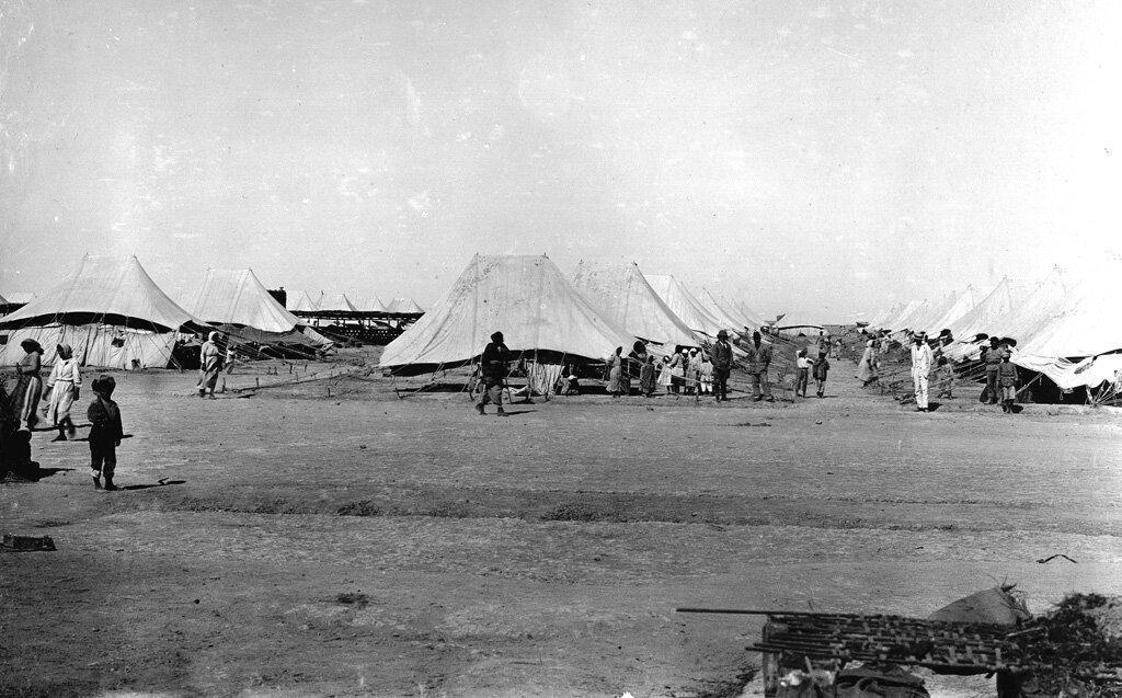 Палаточный лагерь для беженцев в Бакубе в 1919 году