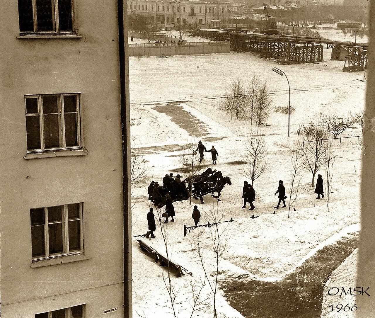 Омск. 1966. Вдоль по Лермонтовской.