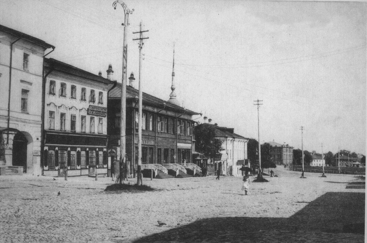 Кирилловская улица.