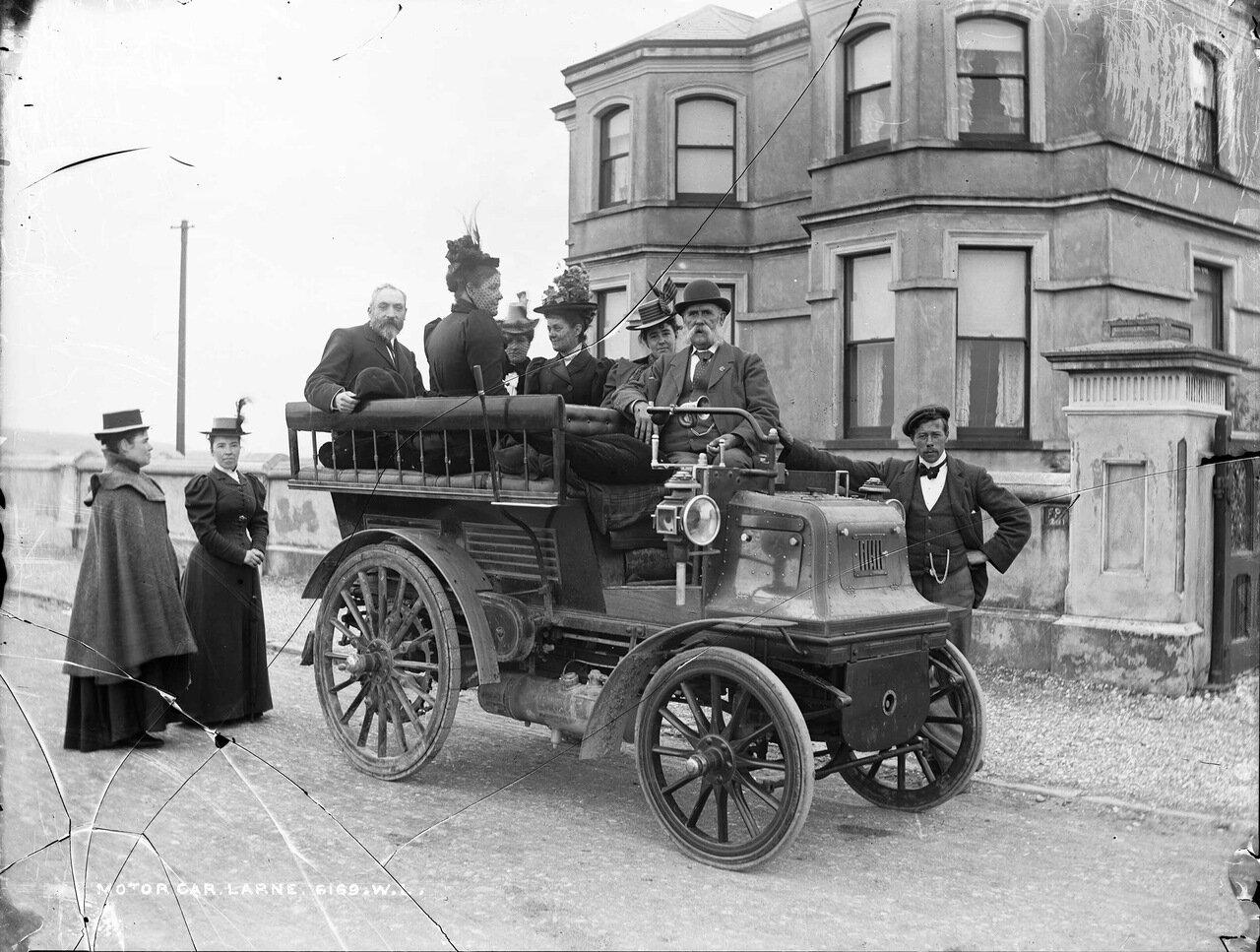 Автомобиль в Ларне, графство Антрим. 1899