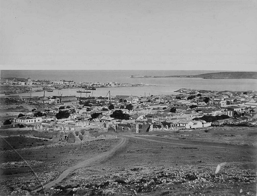 27. Севастополь. Панорама прибрежной части города