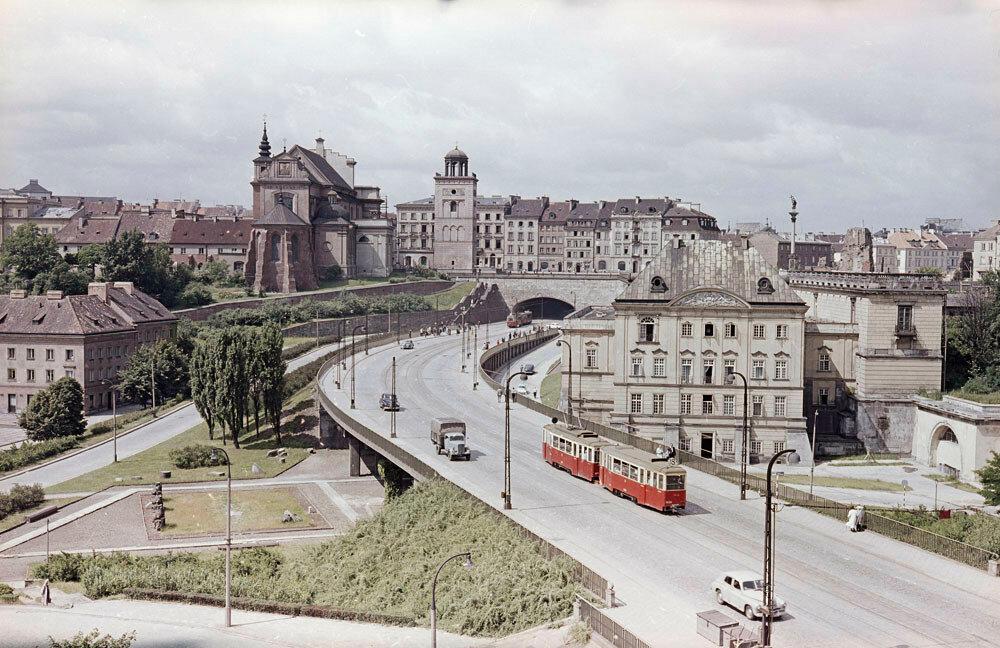 Warsaw by Zbyszko Siemaszko 1961-68.jpg