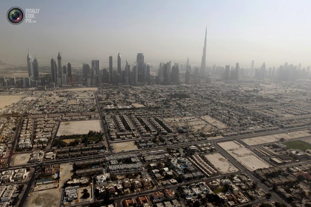 7. Шоссе Шейх Зайед в Дубае. (REUTERS/Jumana El Heloueh)