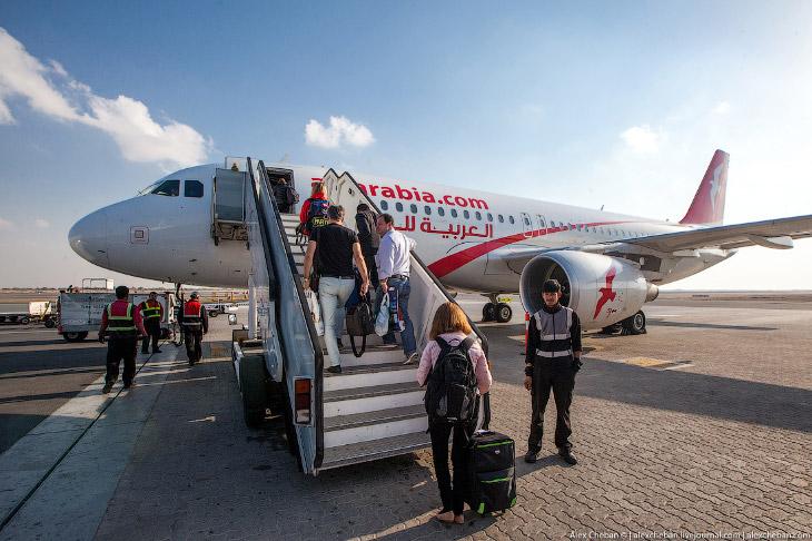 O АВИАКОМПАНИИ AirArabia — это сравнительно молодая авиакомпания. Она основана в 2003 году. Сег