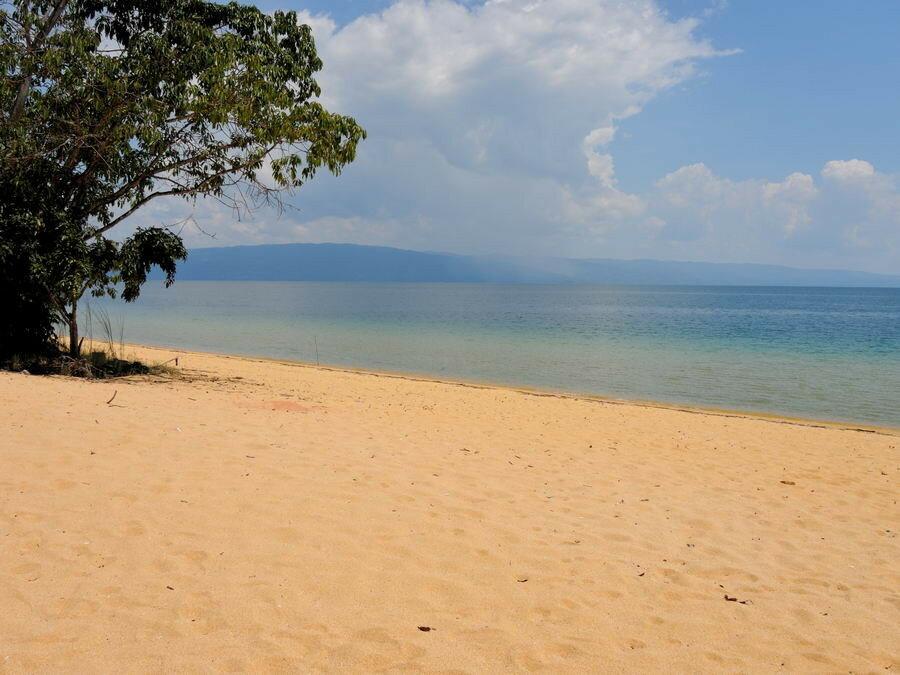 Пляж на озере Посо