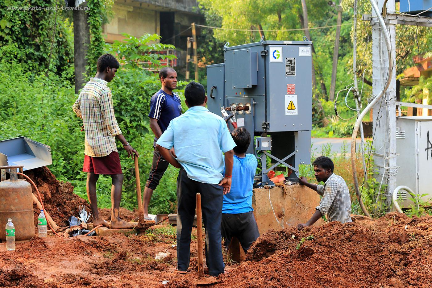 Фото 5. Электрики. Отчет об отдыхе в Индии самостоятельно (70-200, 1/60, )eV, f8, 81mm, ISO 100)