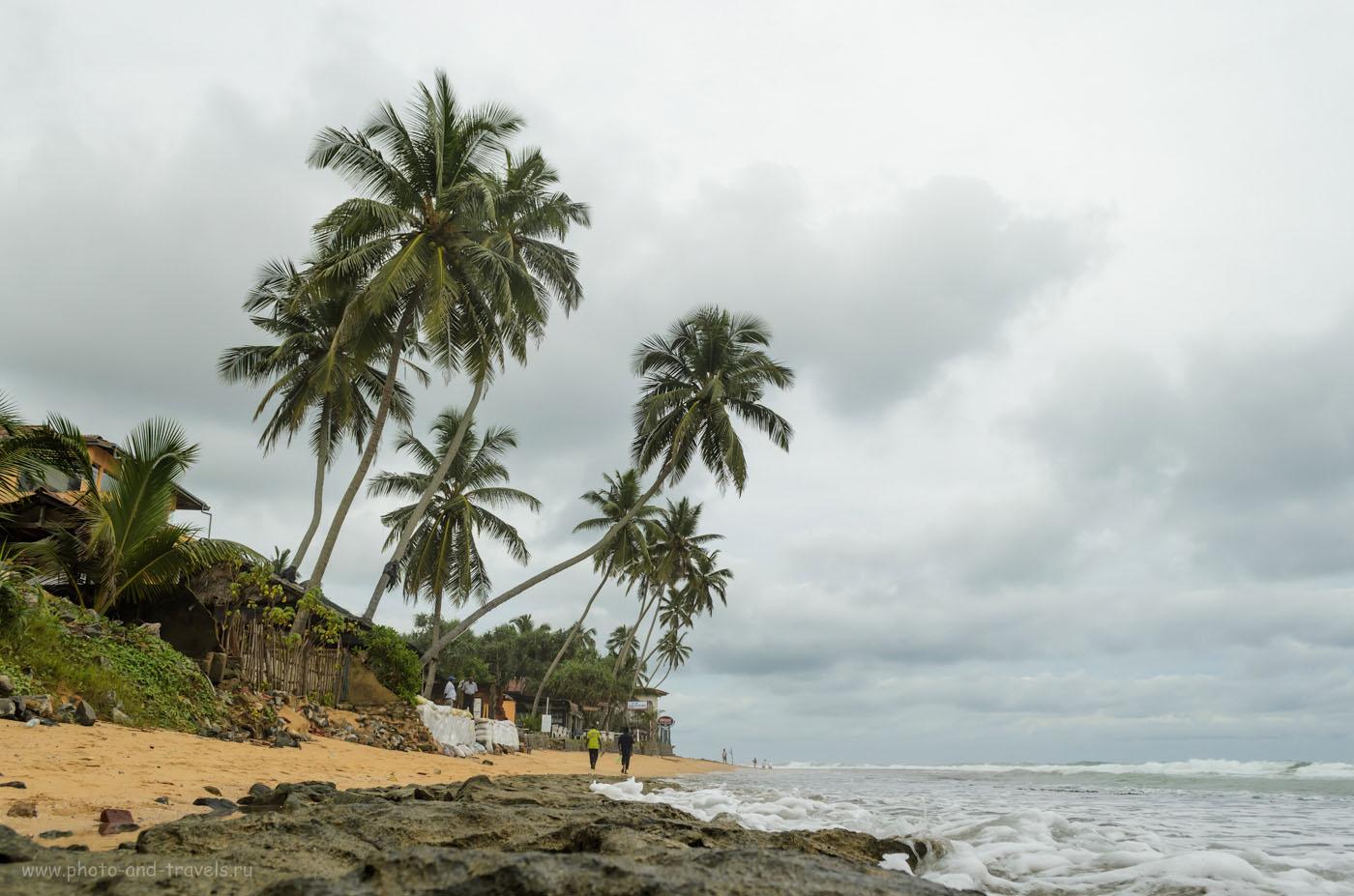 Фото 13. На пляже Hikkaduwa (Хиккадува) 5 мая 2013 года. Волны весной на Цейлоне. Отчеты туристов про отдых на Шри-Ланке самостоятельно.