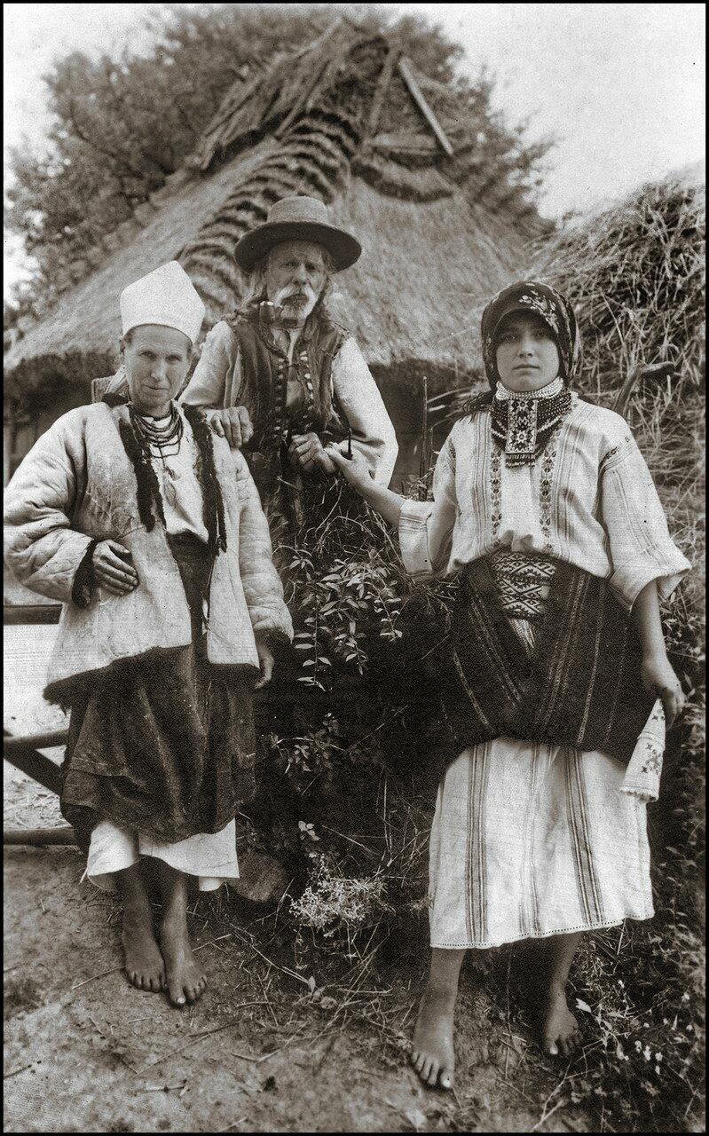 Семья из окрестностей Рогатина