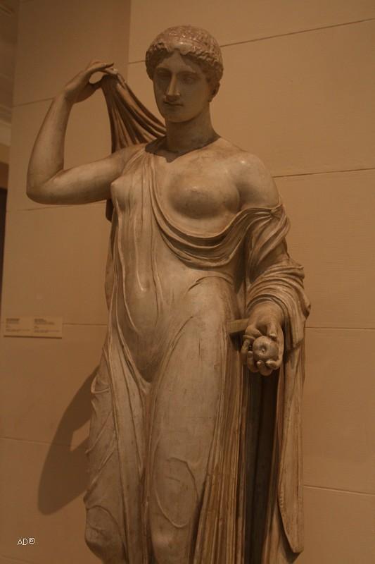 Каллимах, Афродита в «садах»