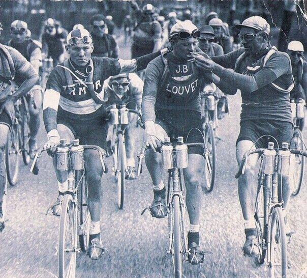 Курильщики на Тур де Франс, 20–е