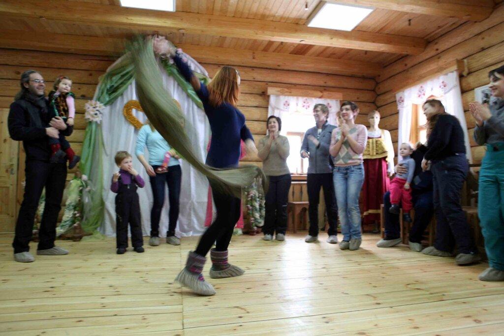 Масленница - танец с платком 4