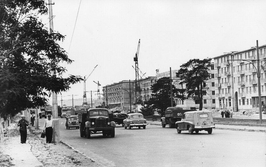 1960.06. Строительство на проспекте Воссоединения