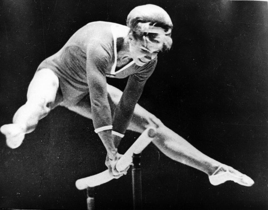 1960-е. Киевлянка Лариса Латынина - олимпийская чемпионка в личном зачете 1956 и 1960 годов, в вольных упражнениях 1956, 1960 и 1964 годов, в опорном прыжке 1956 года. Чемпионка в командном зачете 1956, 1960 и 1964 годов.