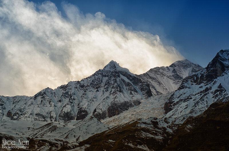 ледник Даулагири вечером, непал, гималаи