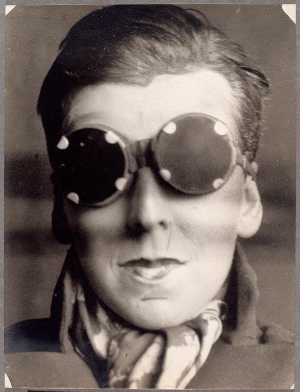Claude Cahun, « Autoportrait » , 1927