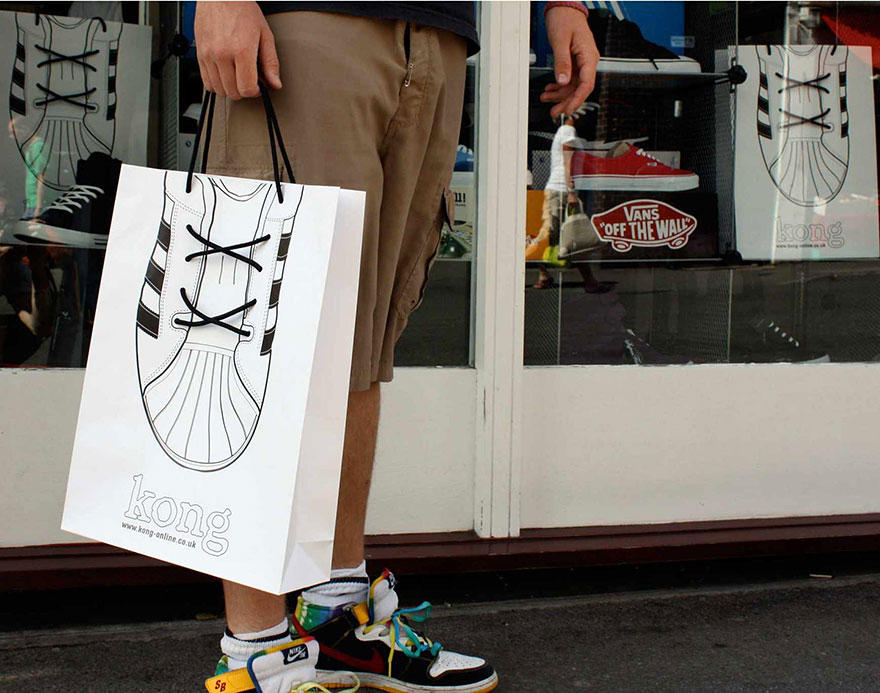 18. Пакет компании спортивной одежды, обуви и оборудования Kong.