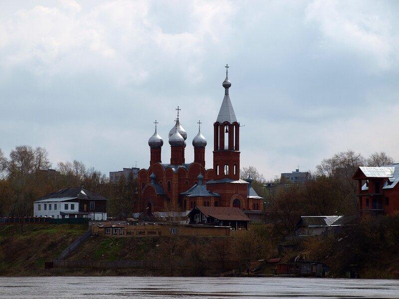 Всехсвятская церковь в Чепецке P5031858