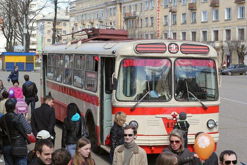 Ретротроллейбус в День Победы в Кирове
