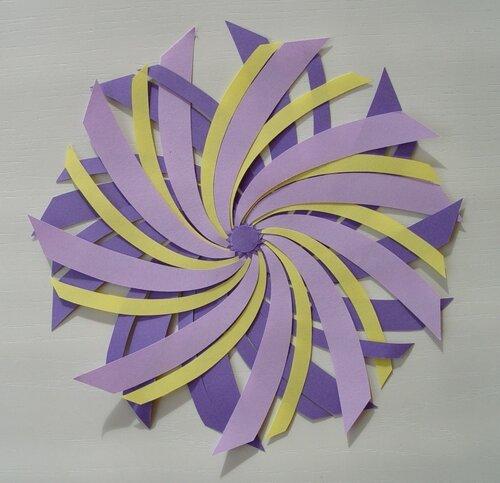 Спиралевидное бумажное яйцо
