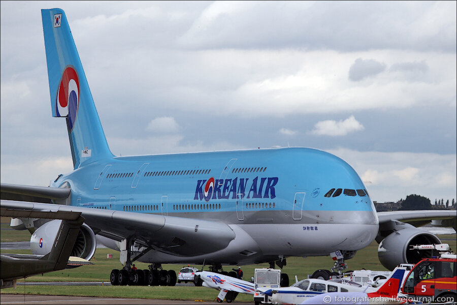 Как красят самый большой самолет. Airbus А-380 в Гамбурге