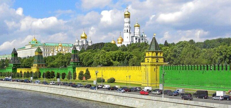Хватит жёлто-зелёнить Москву