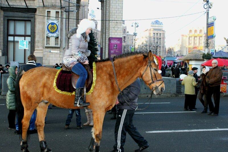 Катание на лошади по Крещатику