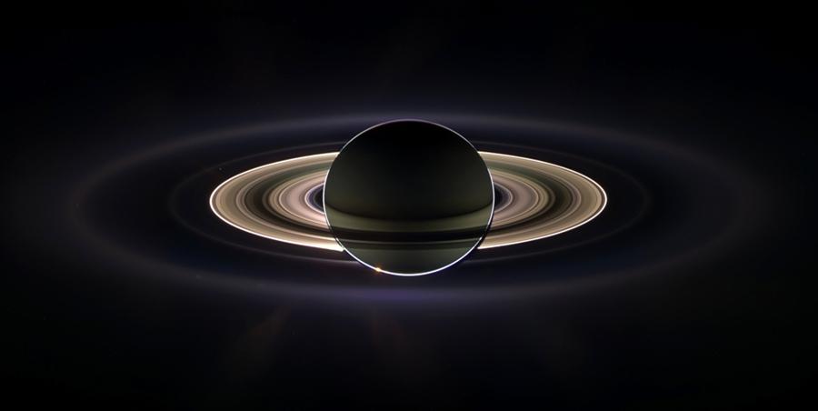 10 величайших фотографий Сатурна, сделанных аппаратом Кассини
