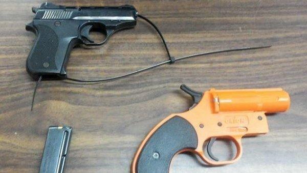 Мать в США отправила своего сына в школу с пистолетом в ранце