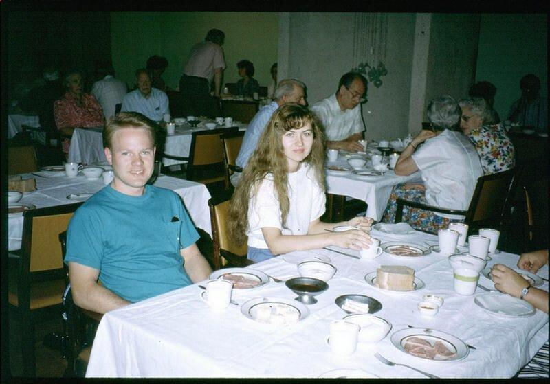 142. Гостиничный ресторан в Иркутске