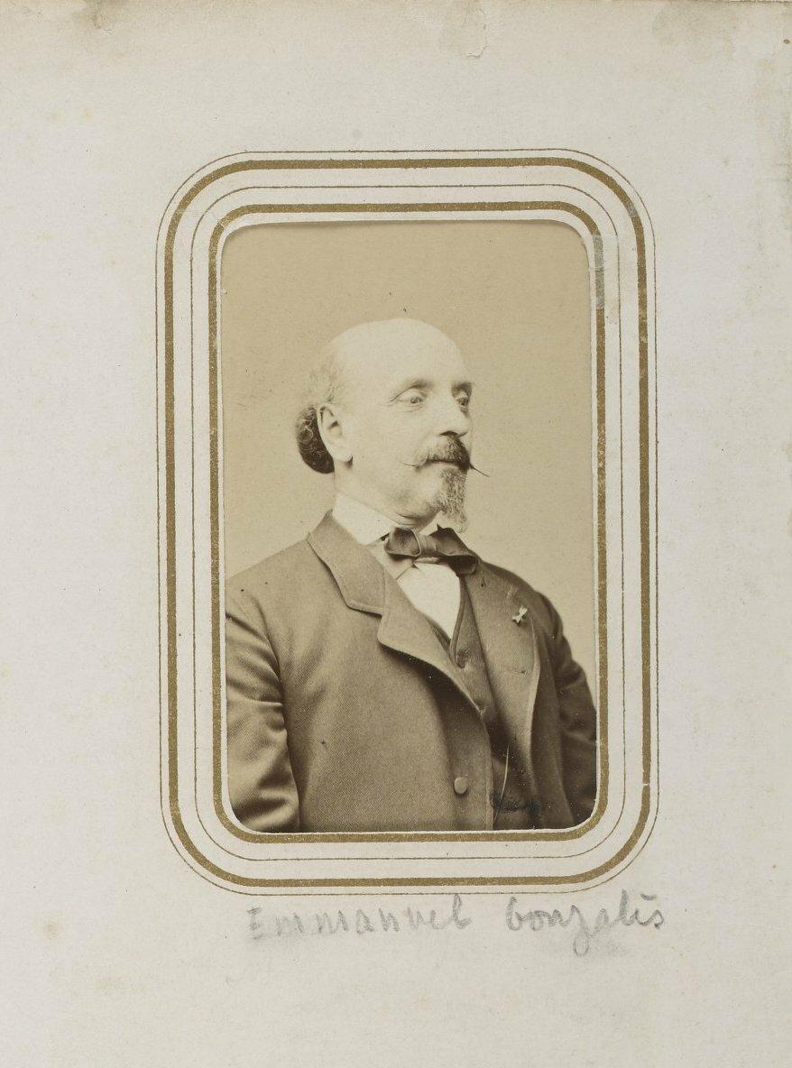 Эммануэль Гонсалес - парижский писатель-романист академического толка, Президент Общества литераторов, член одной из 12 семей, получивших дворянское звание в княжестве Монако