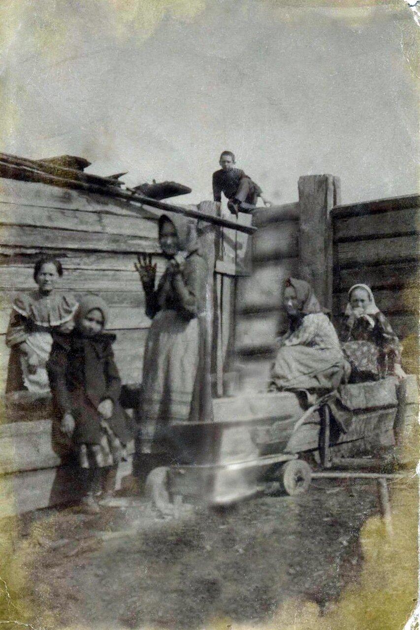 Фото из архива семьи Коробейниковых-Козулиных. Иркутск