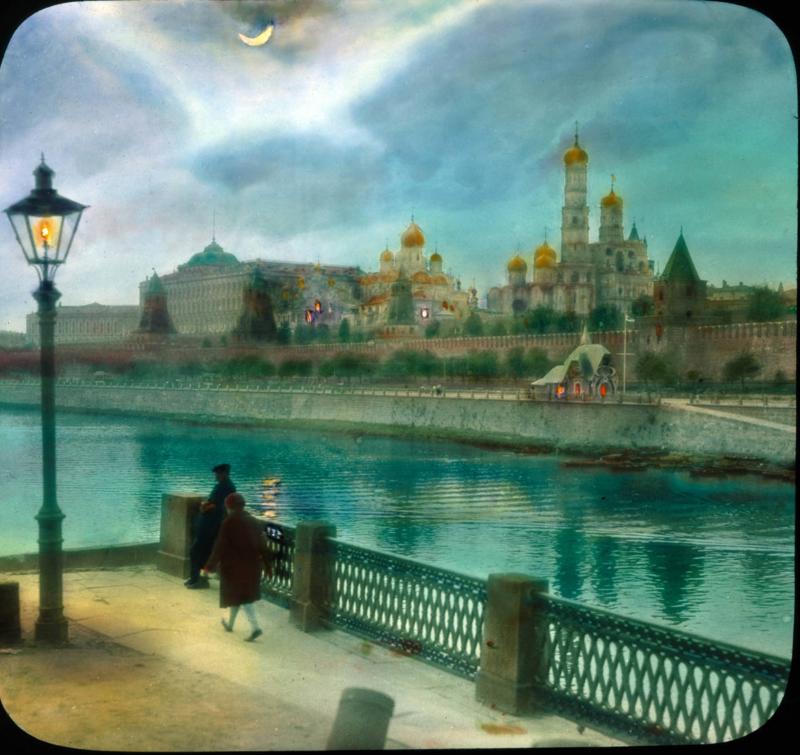 Москва. Вид на Кремль с Большого Москворецкого моста