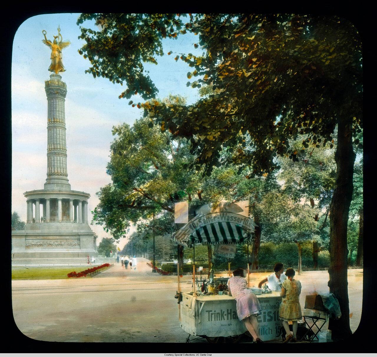 Берлин. Триумфальная колонна, созданная по проекту Генриха Штрака