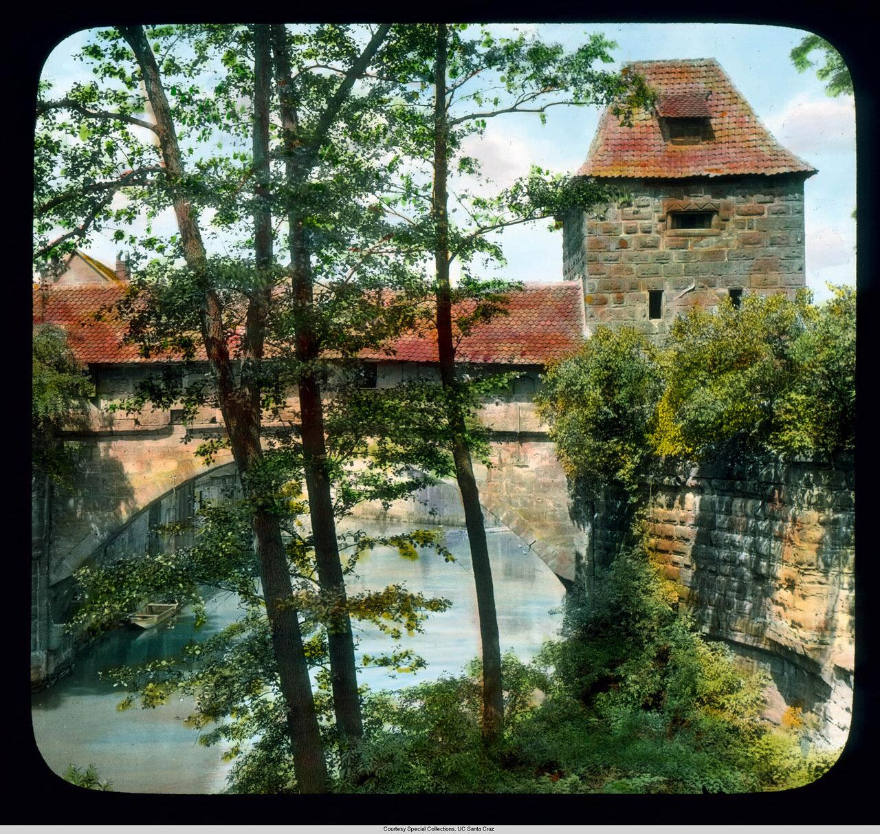 Нюрнберг. Река Пегниц и городские стены (14 век)