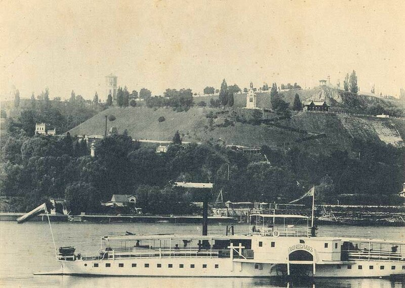 Вид от Труханова острова.