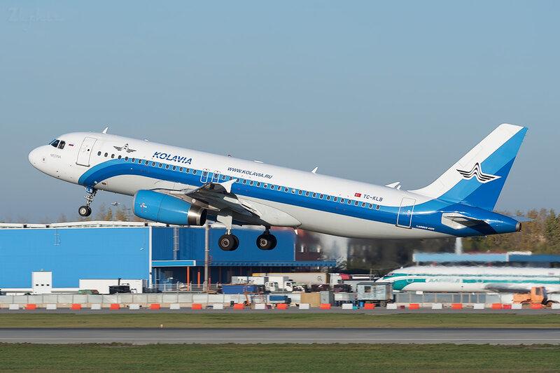 Airbus A320-232 (TC-KLB) Kolavia DSC7146