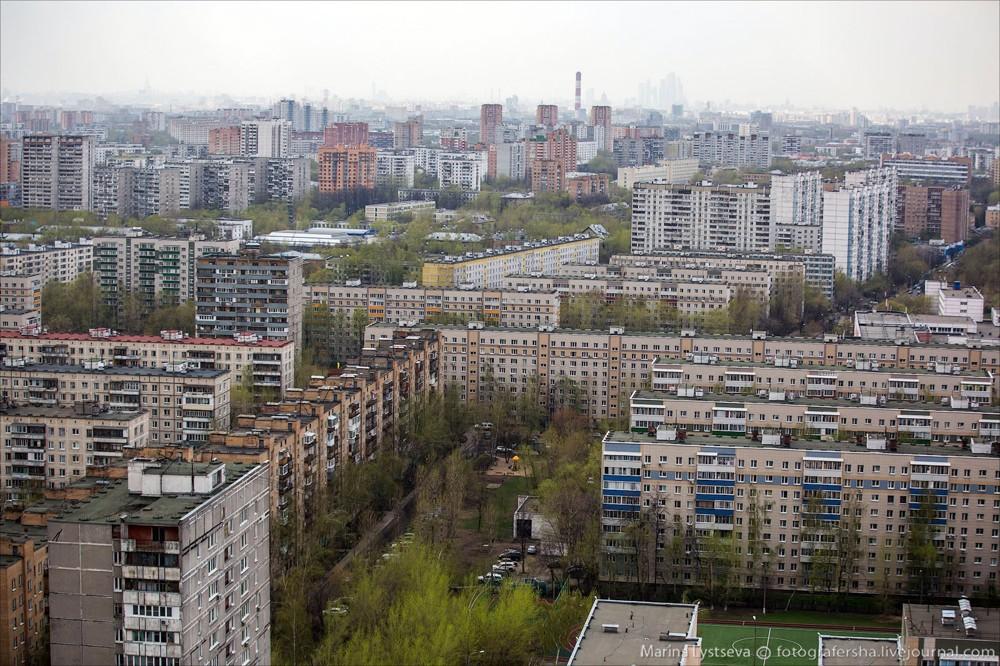 59. Новогиреево, улица Молостовых и Сталеваров.