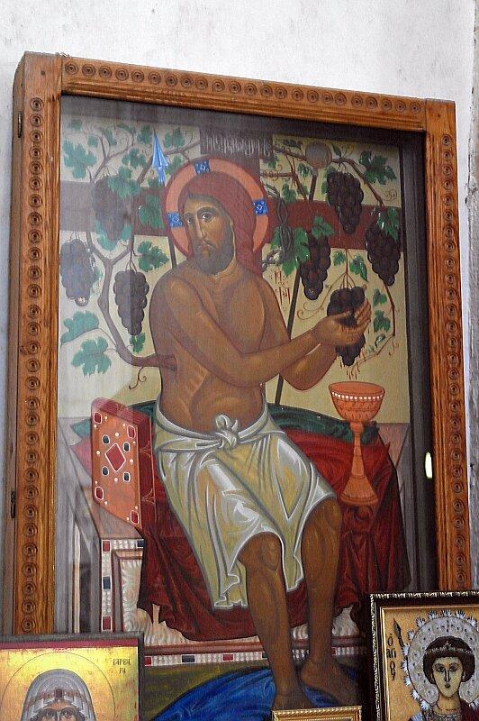 Христос-виноградарь. Икона современного письма в церкви Баракони