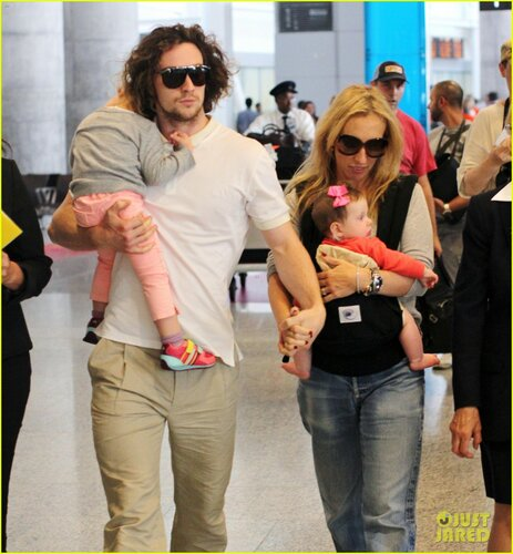 Aaron Taylor-Johnson and Family Arrive in Vancouver